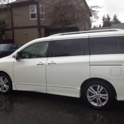 Checking out the 2013 Nissan Quest