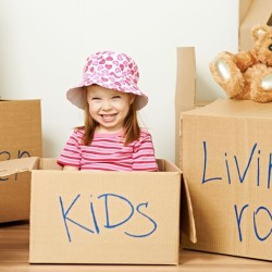 Family Move With Kids? 10 Tips From @TheRedPin for Tantrum-Free Transition #theredpin