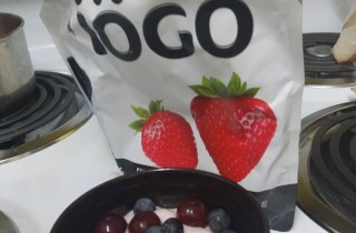 Have You Tried iOGO's Yogurt Pouches?